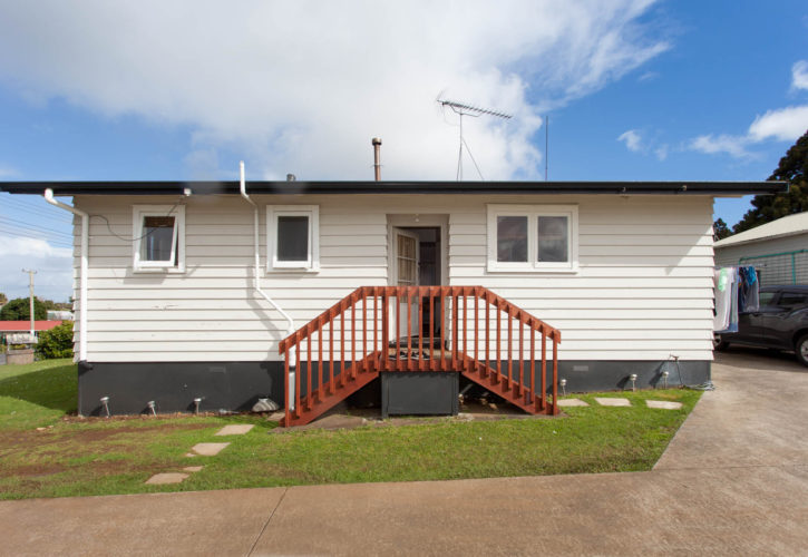 Fabulous Two Bedroom Minor Dwelling – Relocation Included
