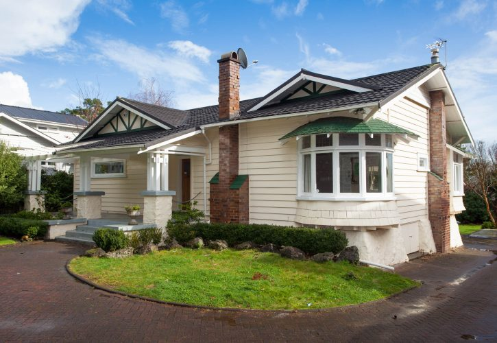 Original Family Bungalow With All The Features