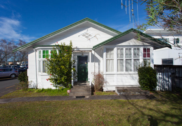 24-Beale-St-bungalow-for-relocation