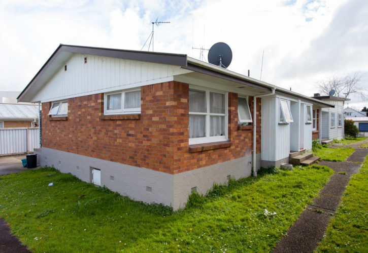 two bedroom home for sale for removal